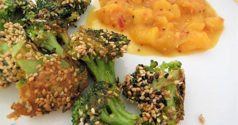 Obalovaná brokolice v sezamu s mango chutnay